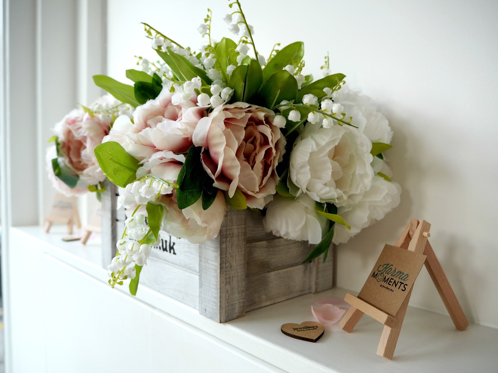 fower arrangement at the Karma Moments launch from JewelleryBox