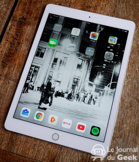 كل ما تحب معرفتة عن  Apple iPad Pro 9.7