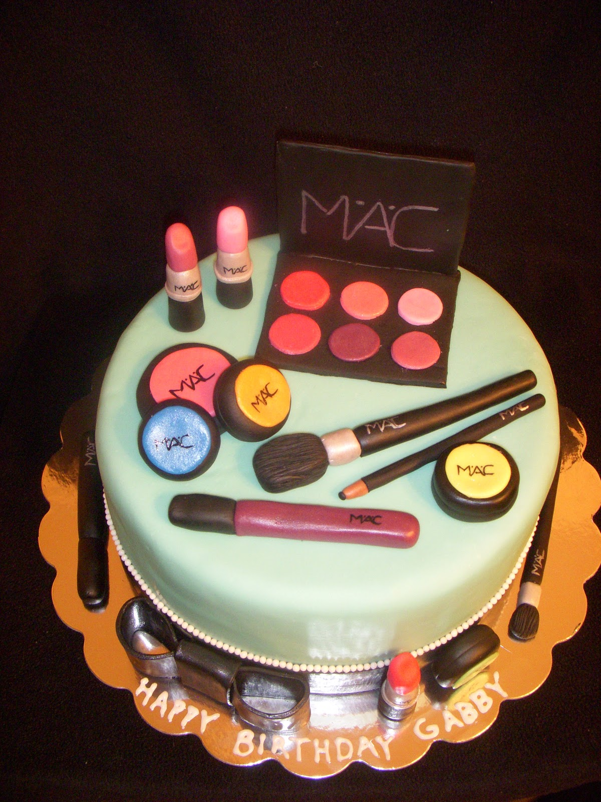 The Sweetest Thing Mac Makeup Cake