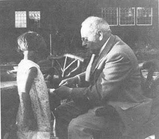 Teori Psikologi Individual Menurut Alfred Adler