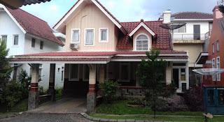 Akomodasi  Murah untuk Wisata Puncak di Villa Kota Bunga R8-03