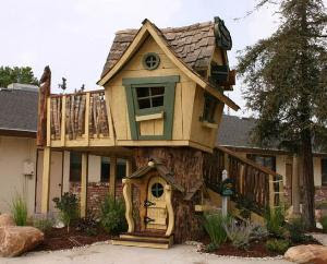 In Our Childrenu0027s Shop Youu0027ll Find Many Treasures, Small And Large, But  None Just As Impressive As This Treehouse! Fit For A Very Well Appointed  Back Yard, ...