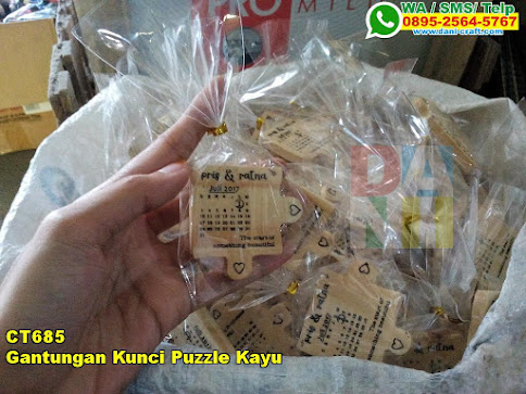 Grosir Gantungan Kunci Puzzle Kayu