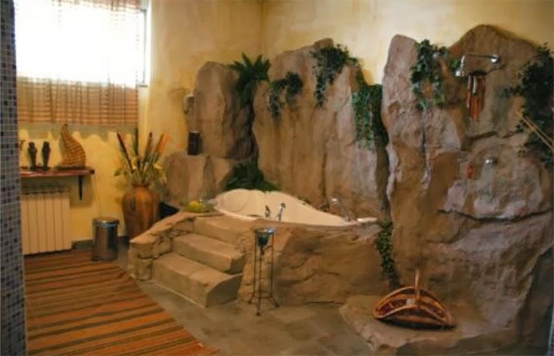 Boiserie c muri in pietra look medioevale - Bagni in pietra ...