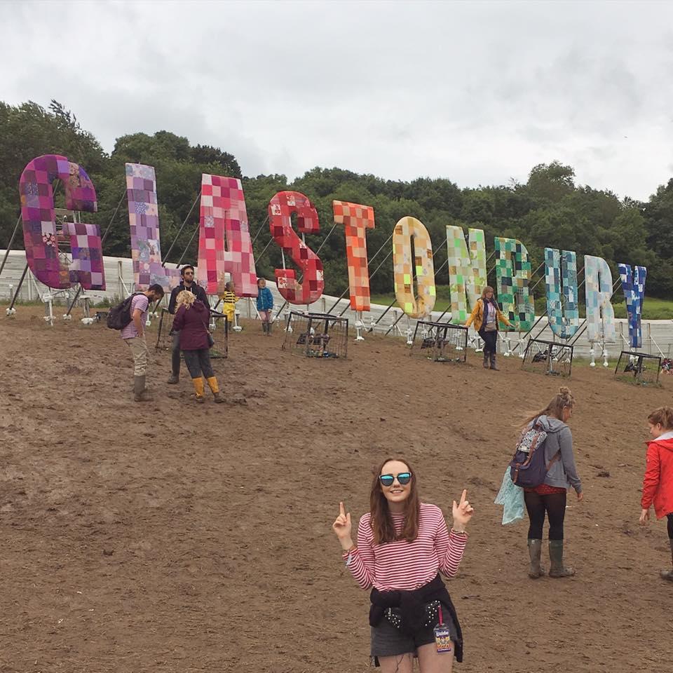 glastonbury sign 2016