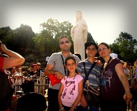 Dopo essere stati a Medjugorje la mia famiglia ha trovato la pace e l'amore, vi invito ad andarci.