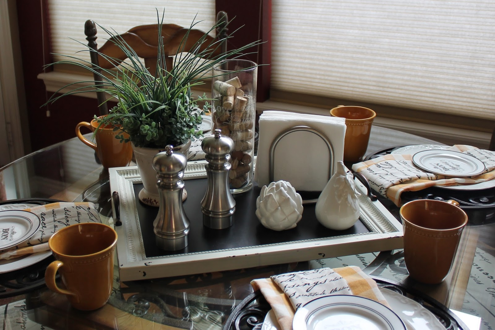 Everyday Dining Table Centerpiece