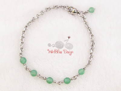 Minlet (Minima Bracelet) with stainless steel chain link, green agate and lobster claw clasp