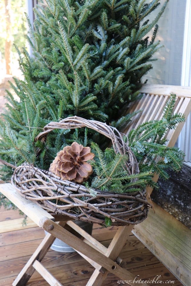 use-rustic-basket-sugar-pine-cone-greenery-outside