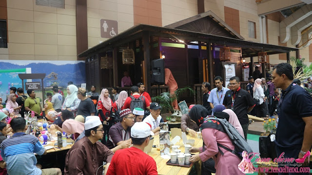 Warong ulu Sedaka Kampung Pisang  MAHA 2018