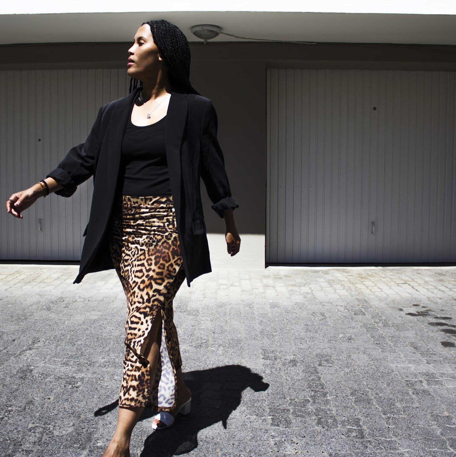 Liezel-Esquire-leopard-print-skirt
