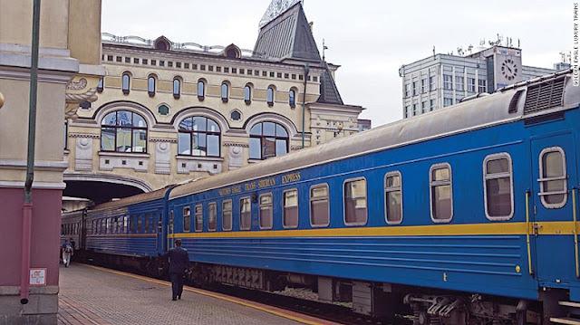 world's most luxurious train journeys