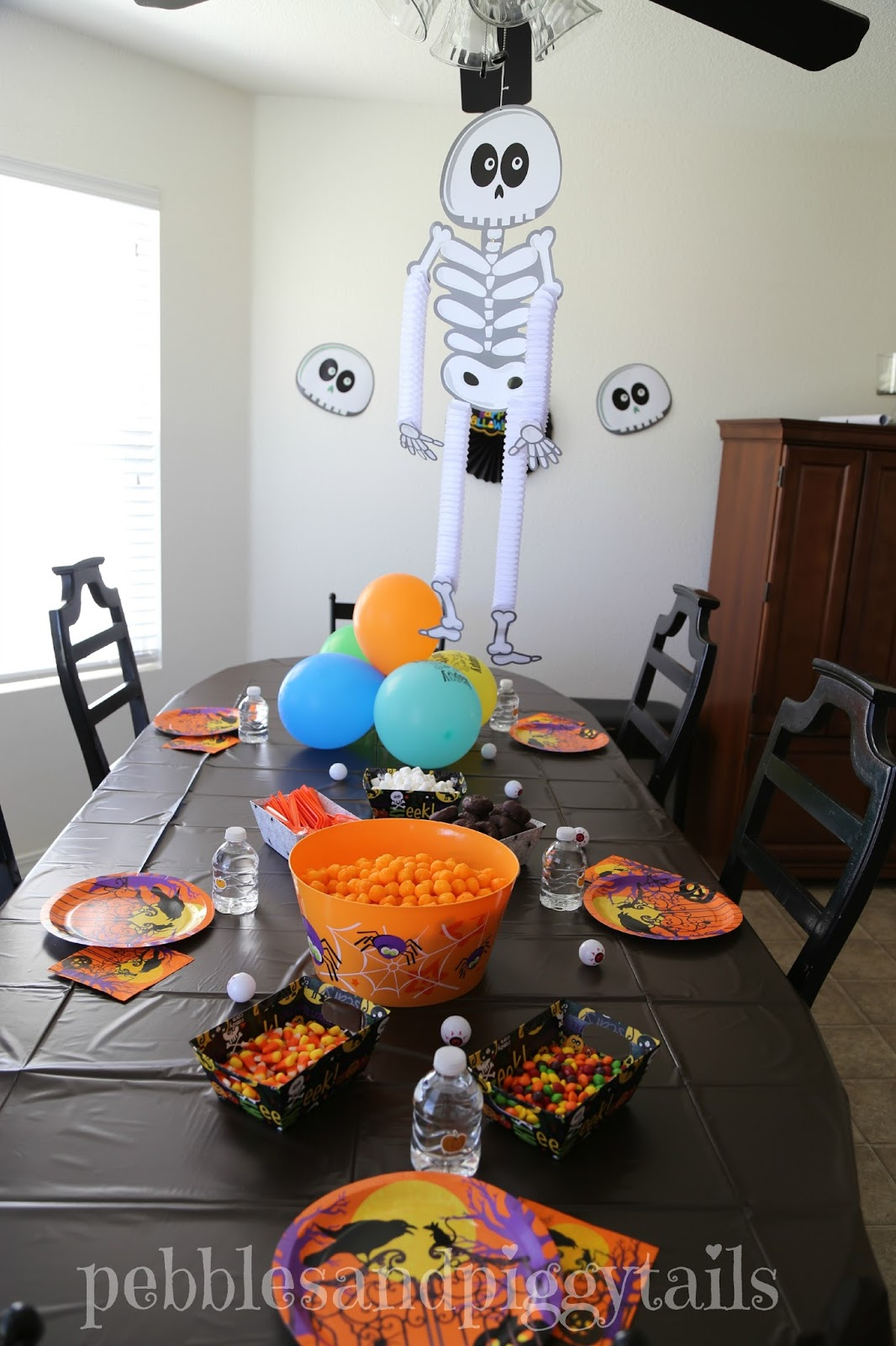 Easy Halloween Party Decorations for Kids | Making Life ...