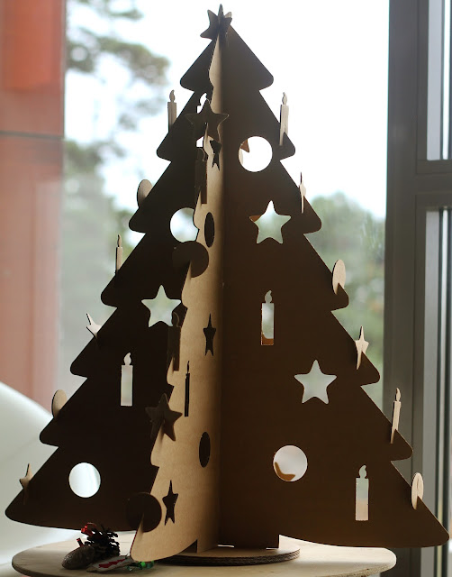 cardboard christmas trees. Black Bedroom Furniture Sets. Home Design Ideas
