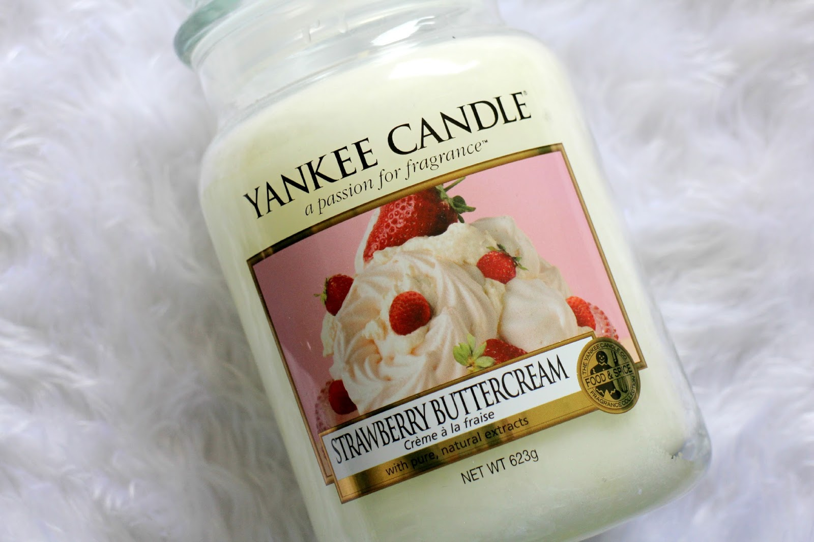 Yankee Candle Strawberry Buttercream Review