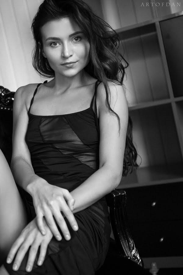 [ArtOfDan] Berenice - Erotic Elegance