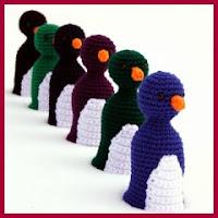 Pinguinos bolos amigurumi