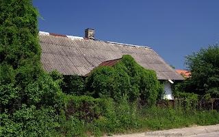 http://fotobabij.blogspot.com/2016/03/bigoraj-ulczerwonego-krzyza-stary-domek.html