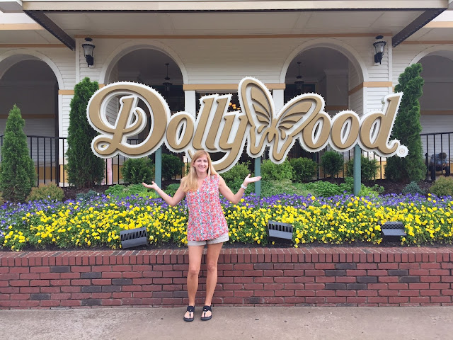 Savings at Dollywood Theme Park