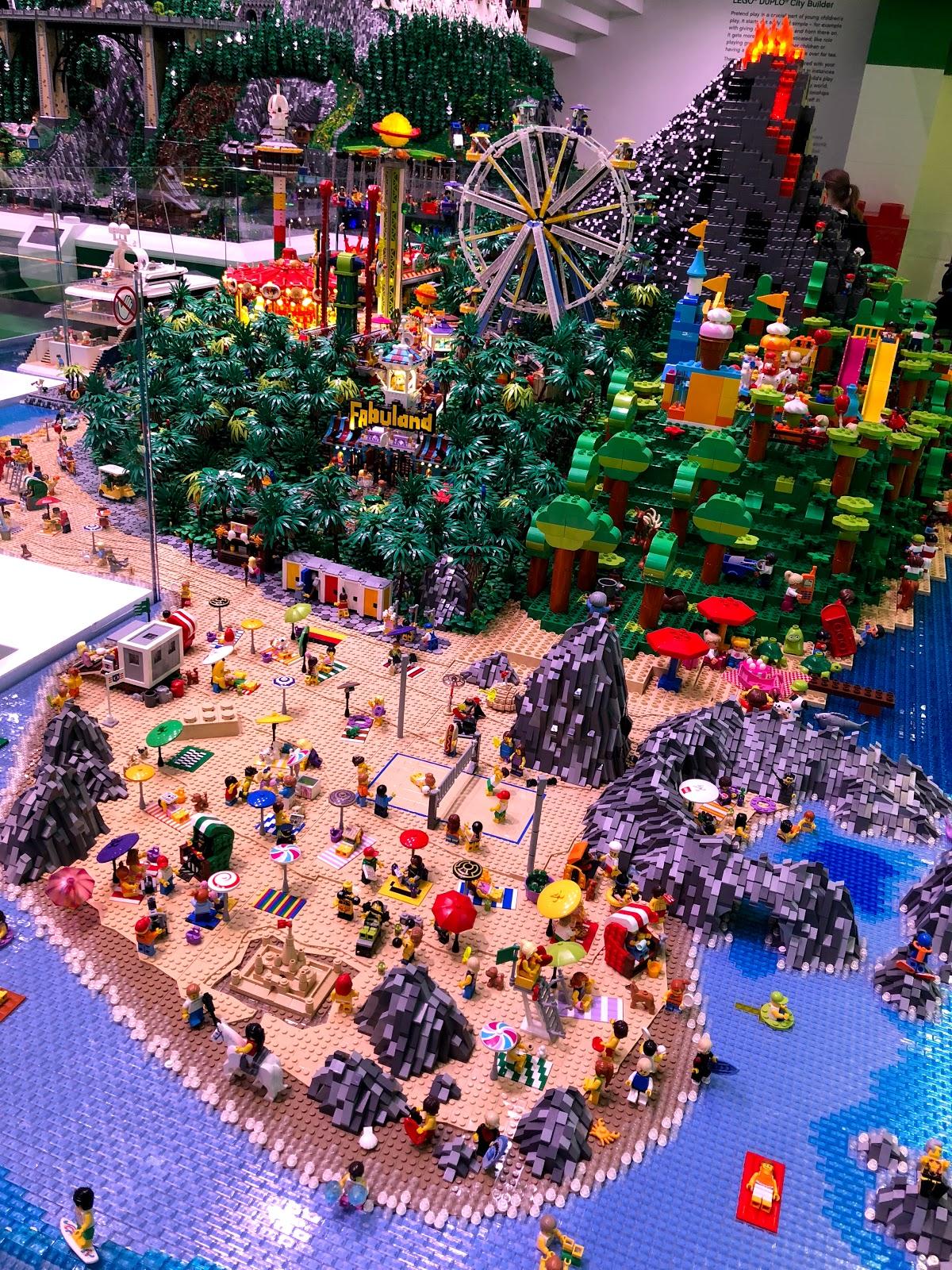 """""""LEGO"""