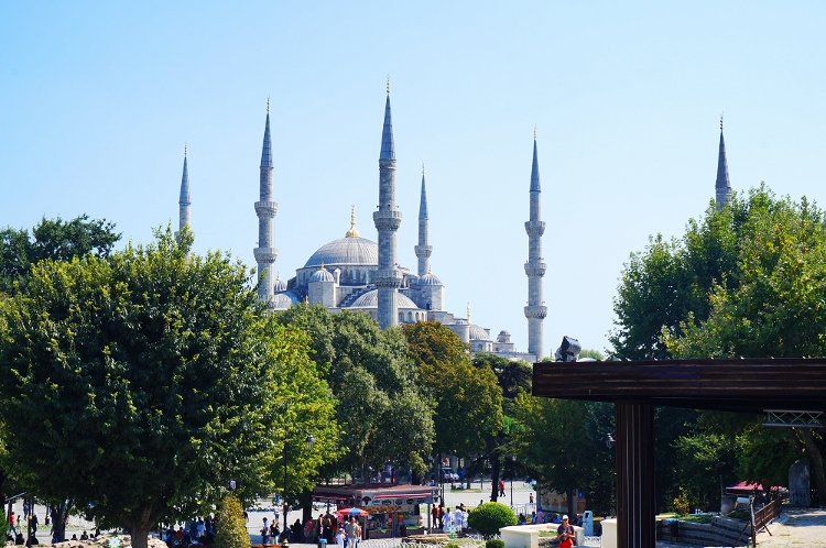 Euriental | Istanbul, Turkey. The Blue Mosque.