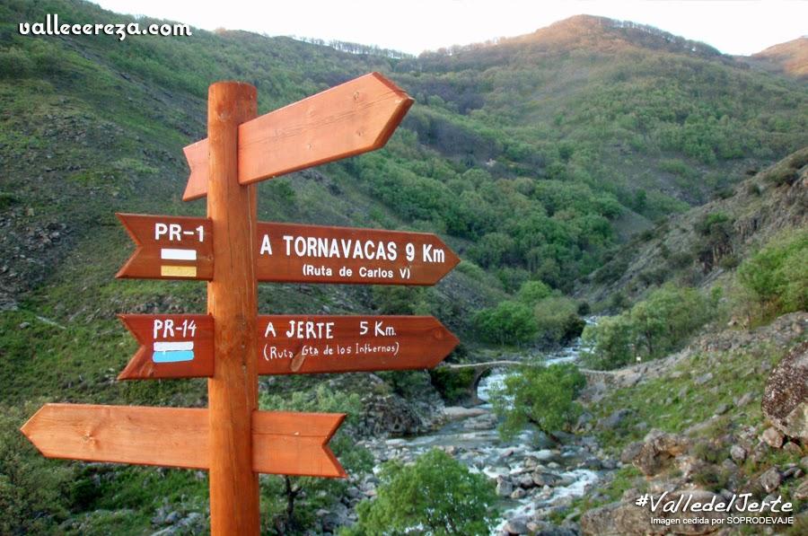 Señales senderistas en el Valle del Jerte