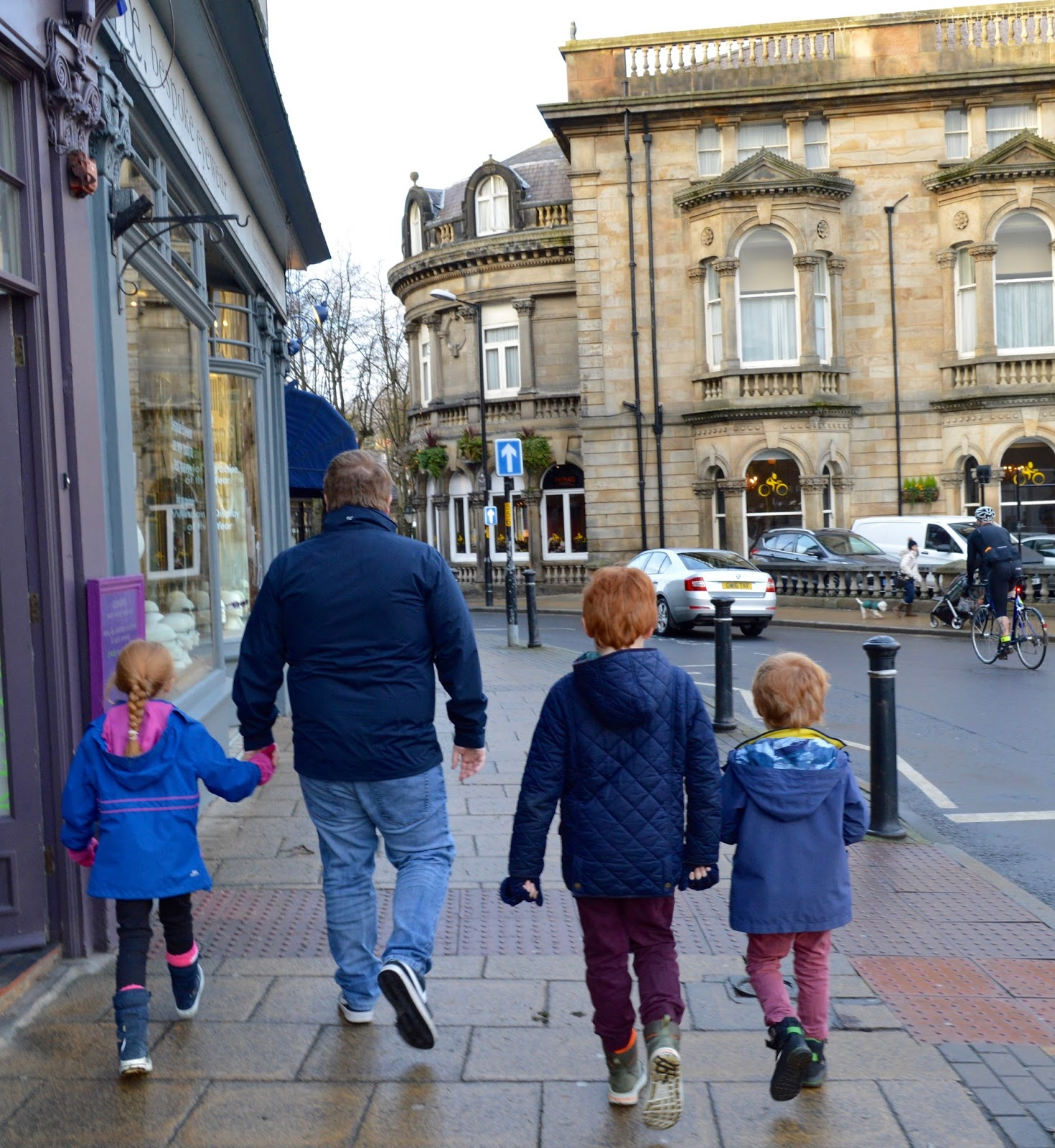 48 Hours in Harrogate with Kids | Harrogate Serviced Apartments Review - Harrogate town centre