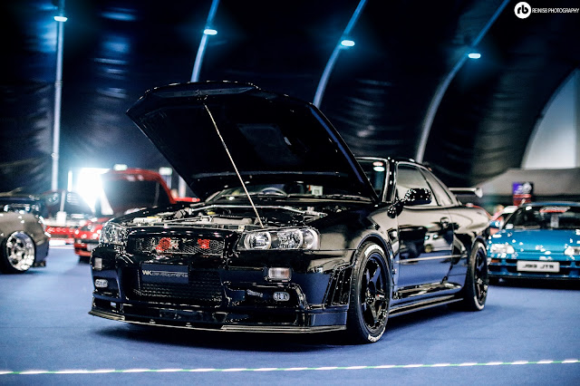 Nissan GTR R34. And Yet Another GTR That I Wanted To Point Out Amongst The  Others On Display. If Carlsberg Made A Car This Would Be It. Absolutely  Stunning.