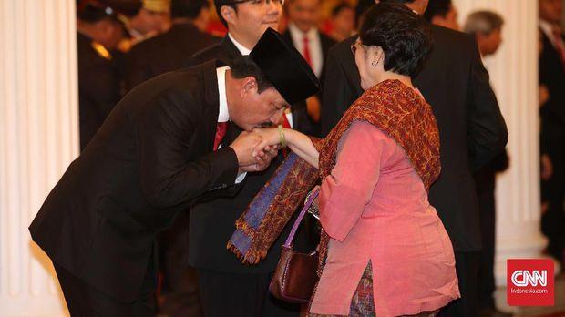 Rocky Gerung: Kekuatan PDIP Bukan Sukarnois, Tapi Punya BIN
