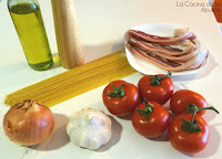 Espaguetis panceta salsa de tomate casera ingredientes