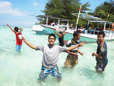 Paket Wisata Karimun Jawa Murah 2015