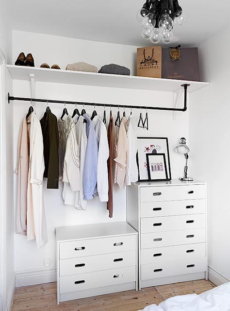 http://www.lagarbatella.com/2014/01/vestidor-en-habitacion-con-poco-espacio.html