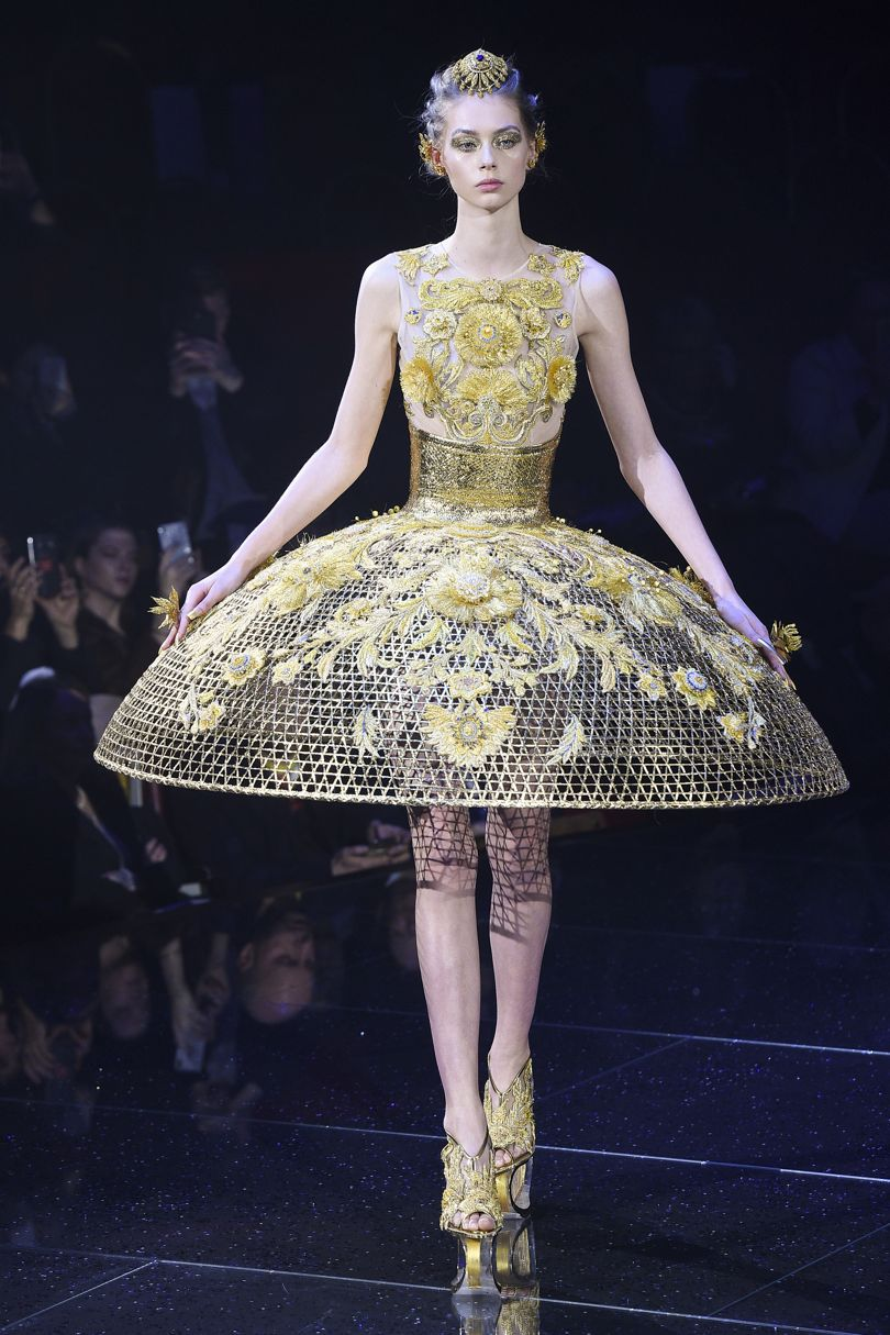 aa7a743b01f8 Inspiring collection from the Couture fashion show from Guo Pei for the  season Spring Summer 2018