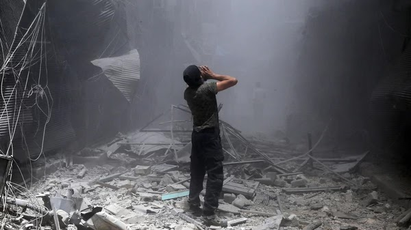 Siria: bombardeos de Rusia y del régimen de Al Assad mataron a 23 civiles cerca de Damasco