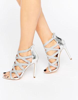 zapatos plateados para el dia