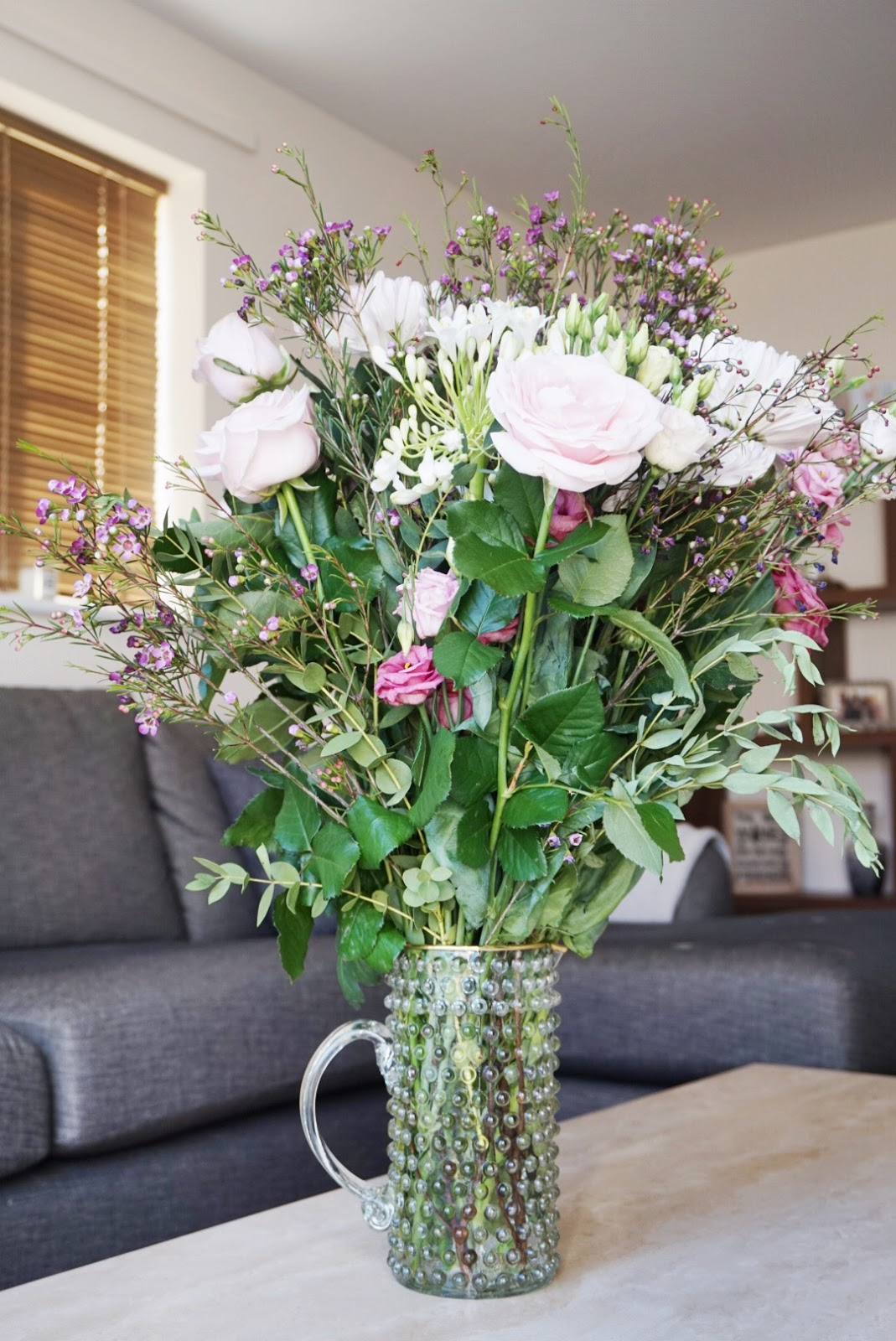 Ok bouquet the life of pye ive seen ok bouquet floating around on social media for quite a while and ive always admired their beautiful flower arrangements so when they offered to izmirmasajfo