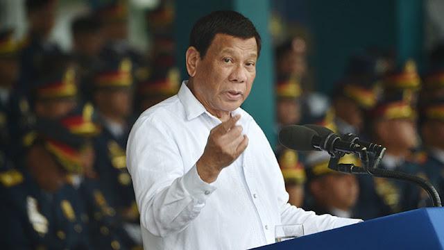 """Duterte: """"Si hay Dios, no hay pobreza"""""""