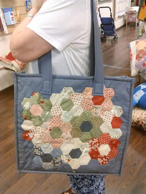 Bolso patchwork jardin de la abuela Coleccion Front Porch de Moda Fabrics