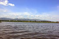 Navegando por el Lago Inle