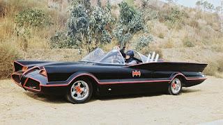 El Batmovil original de la serie de los 60