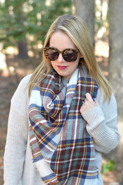 burgundy-blanket-scarf-outfit