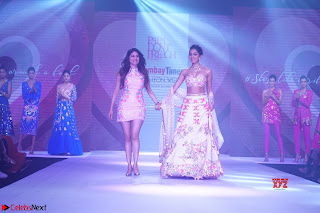Kiara Advani walks the ramp showcasing the collection of label Papa Dont Preach by designer Shubhika during the Bombay Times Fashion Week 2018 ~ Exclusive 003
