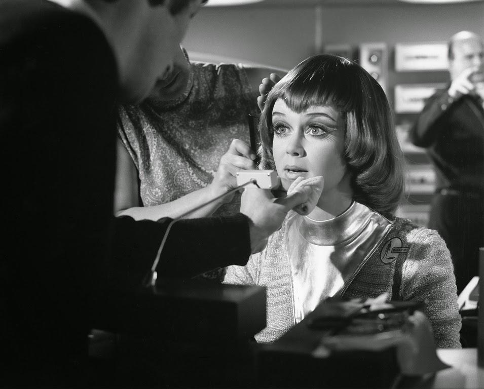 Gabrielle Drake UFO movieloversreviews.filminspector.com