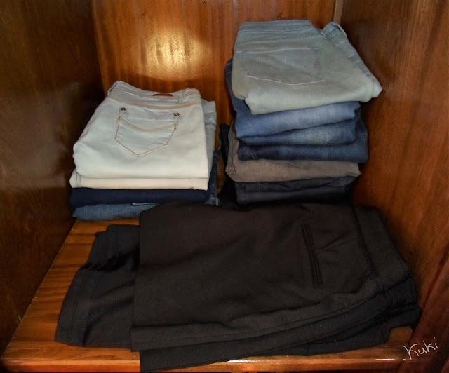 organização de calças e calções, guarda-roupa