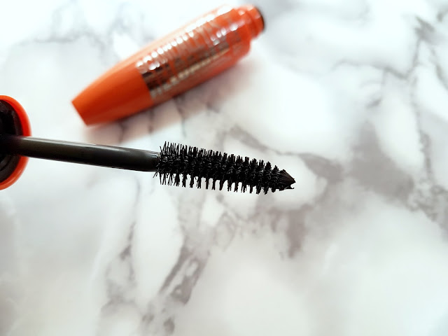Mascara Brush of the Rimmel ScandelEyes Reloaded Mascara