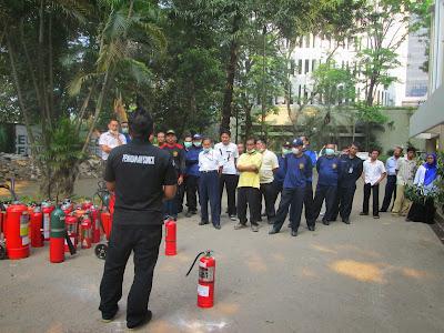 Kontak Tabung Pemadam Kebakaran | Tabung Pemadam Kebakaran
