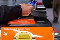 Logo Milano: oggi 7 dicembre viaggi gratis in metro con la carta di credito contactless