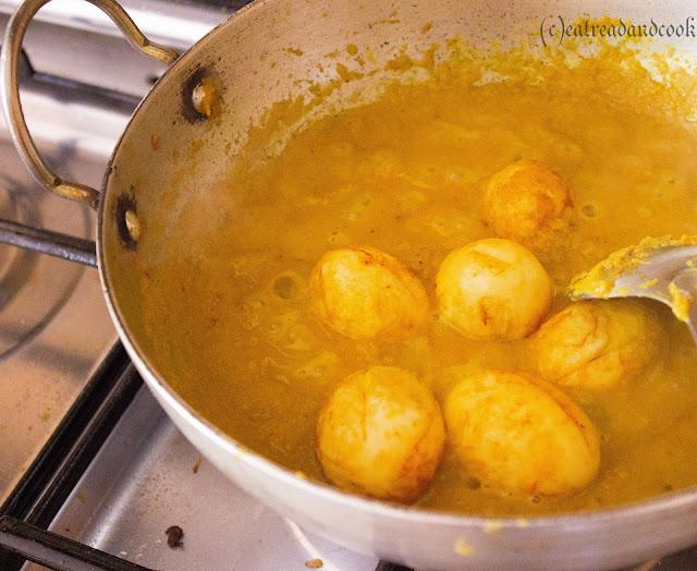 Bengali dim posto recipe