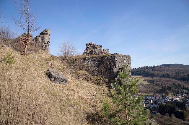 Vulkaneifel-Pfad  Gerolsteiner Felsenpfad  Eifelsteig 02