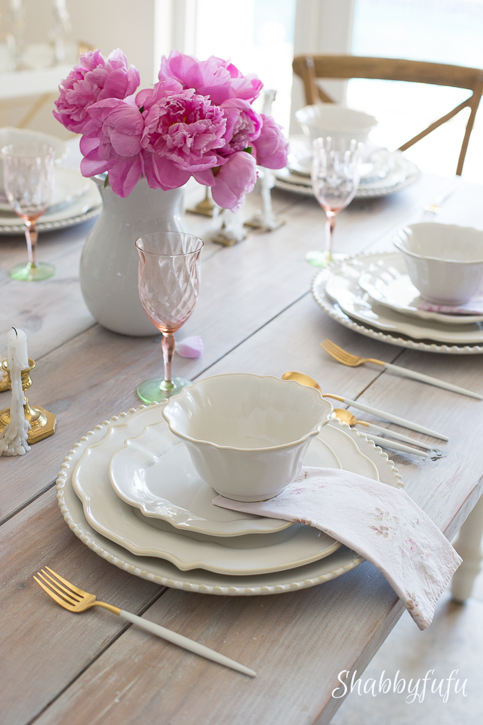 table-setting-pink-peonies-ironstone